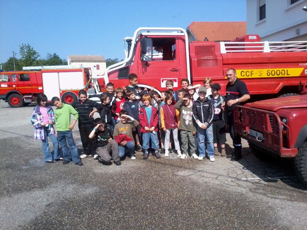 Visite de la caserne des pompiers de Cabanac